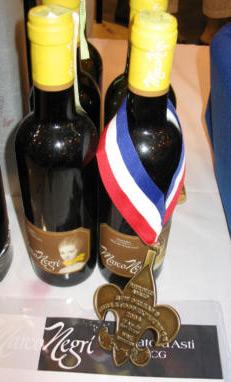 Marco Negri wine bottles